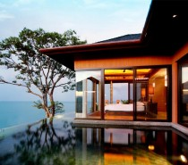 Bedroom with infinity pool