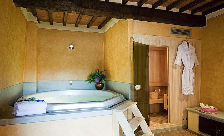 Tuscan style bathroom large bath interior design ideas Tuscan style bathroom ideas
