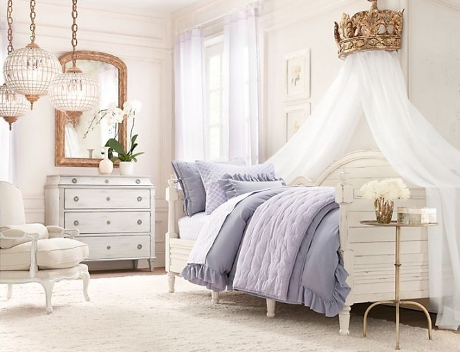 This scheme takes the princess theme to the extreme by implementing a giant crown above the bed as a canopy topper, which is sure to thrill. The metallic crown is complimented by a cluster of antique style pendant lights that are left to hang low for added drama and sparkle.