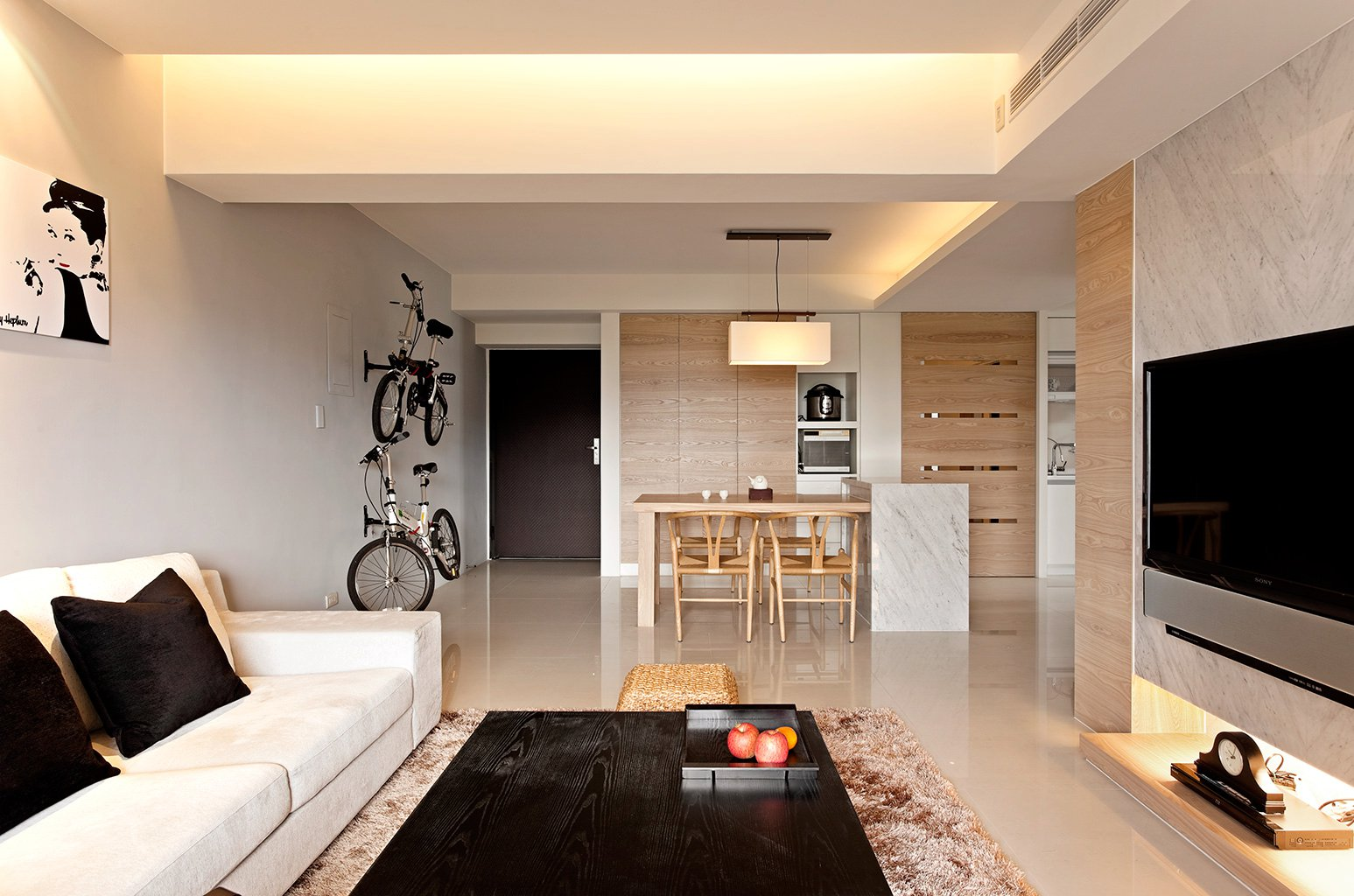 Modern minimalist decor with a homey flow for Modern living space