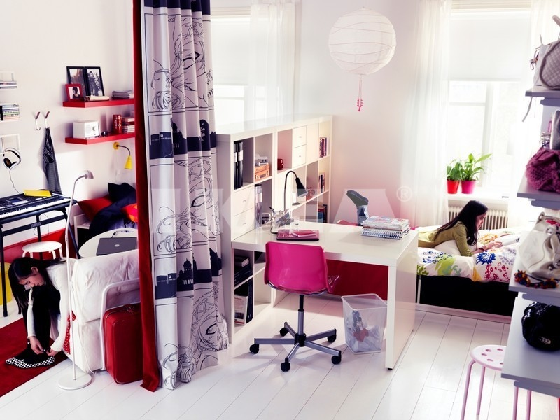 Pink black white teenage girls bedroom interior design for Black and pink teenage bedroom ideas