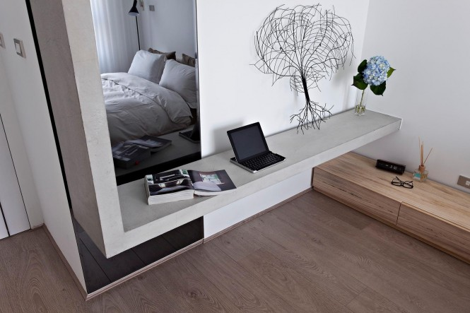Contemporary bedroom shelving