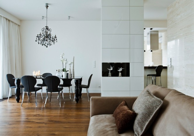 Black white dining room