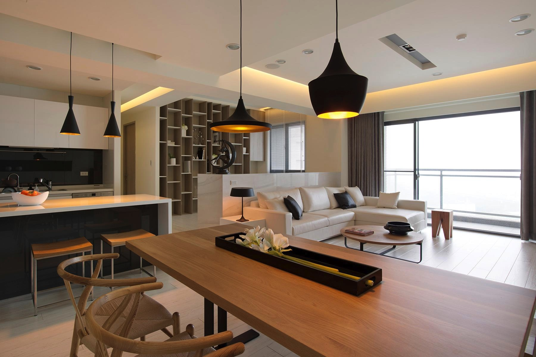 Open plan home with oomph for Amenagement salon