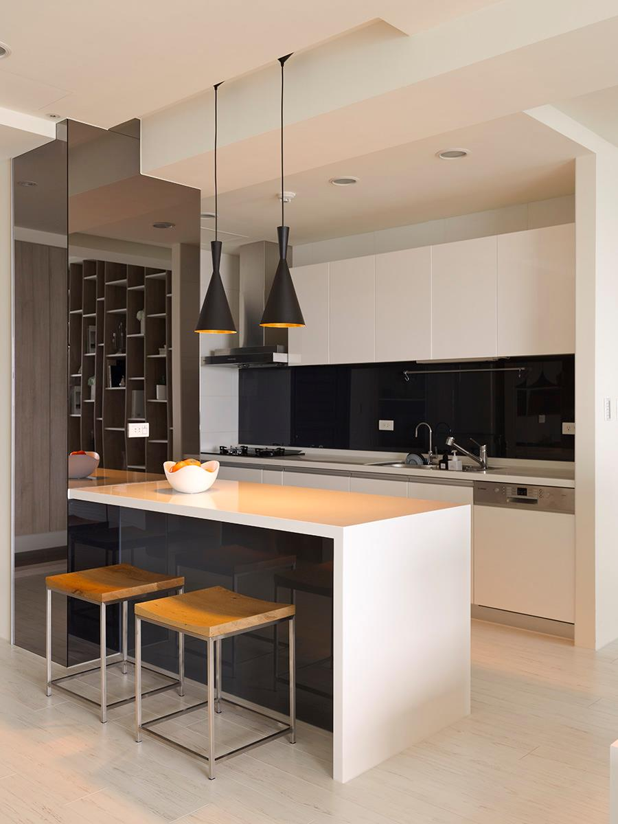 Black white kitchen island interior design ideas - White kitchen with dark island ...