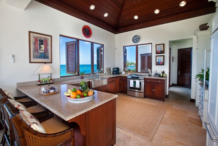 Serene caribbean rental villa interior design ideas for Caribbean kitchen design ideas