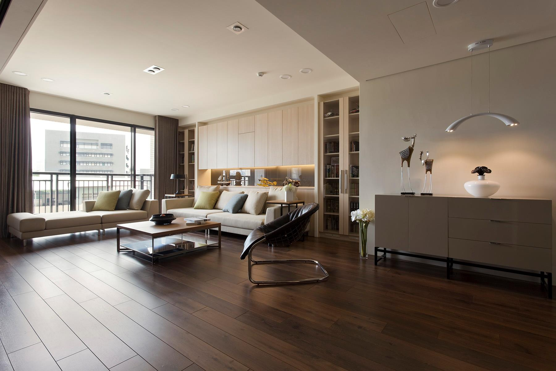 Apartment with a retractable interior wall - Interior of living room pictures ...