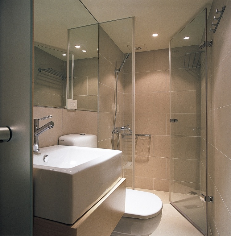 Small Bathroom With Frameless Shower: Small Space Design: A 498 Square Feet House In Taiwan