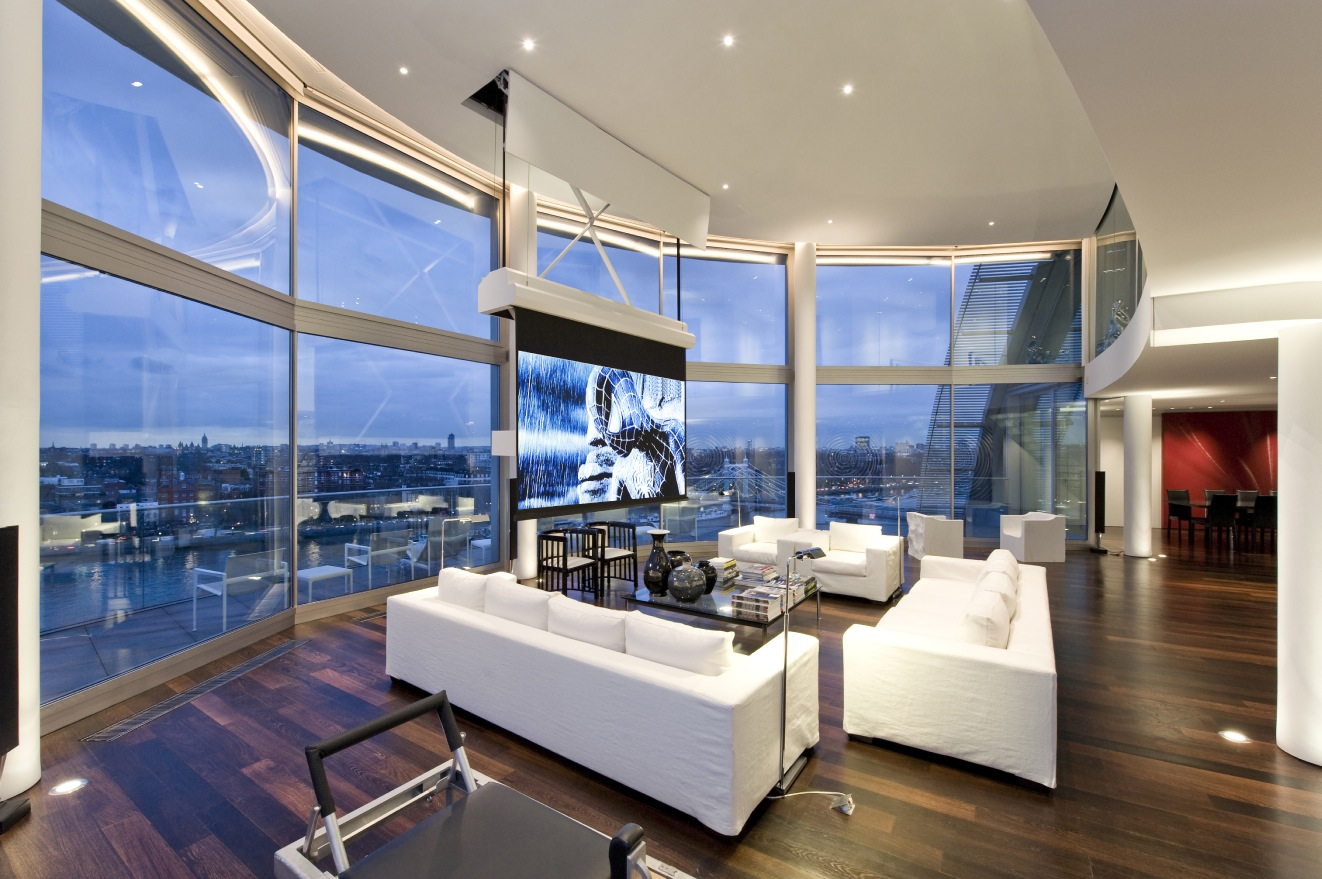 Spectacular riverside penthouse in london Ceiling window