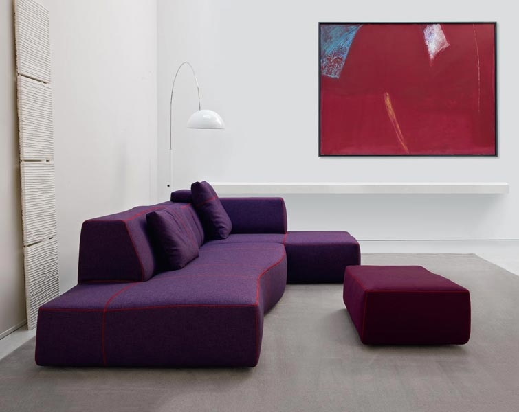 Modern purple sofa | Interior Design Ideas.
