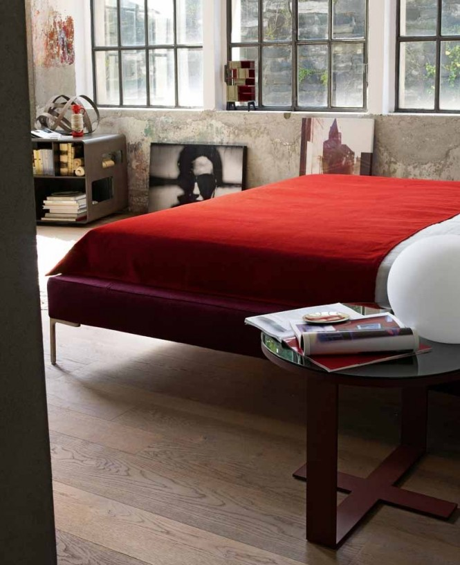 Red bed linen