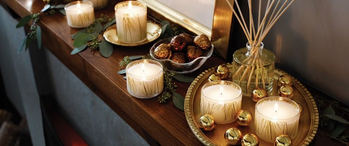 christmas candle mantel decor