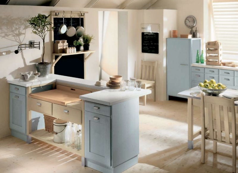 Minacciolo country kitchens with italian style for Country cottage kitchen design
