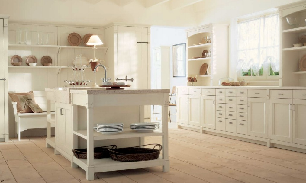 Minacciolo country kitchens with italian style for Country kitchen decor