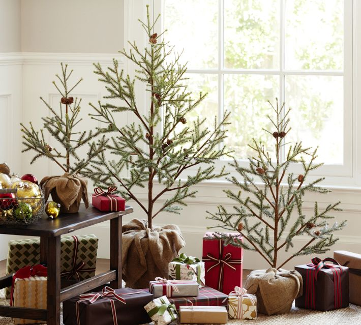 Minimalist christmas trees interior design ideas for Minimalist country decor