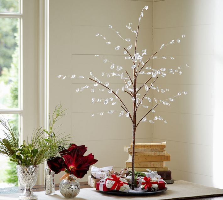 Simple Christmas Home Decorations: Christmas Centerpieces