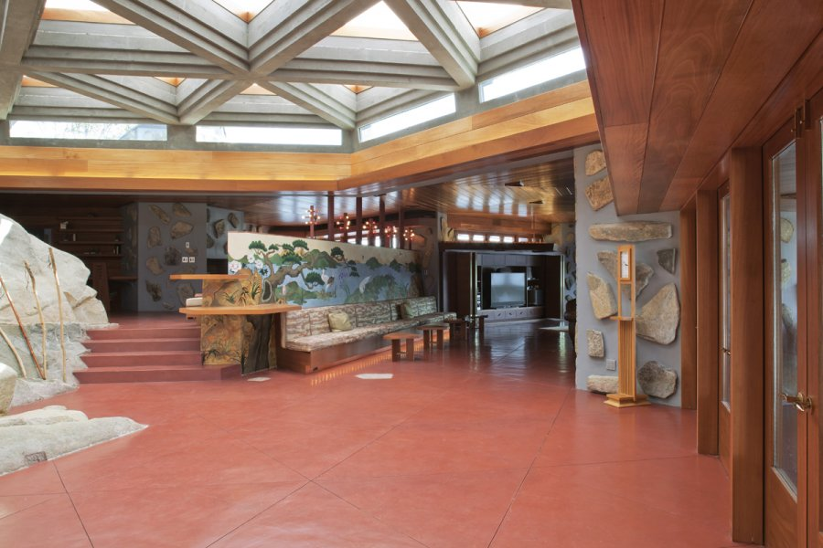 Rustic Island House - Frank lloyd wright s heart island house
