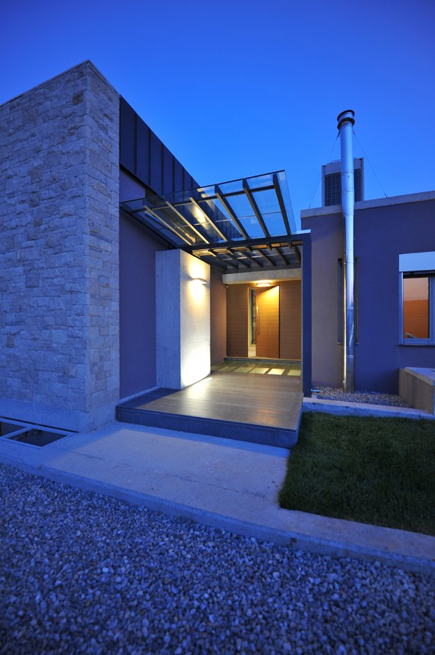 Exterior modern entry 2 interior design ideas for Modern exterior house entrance