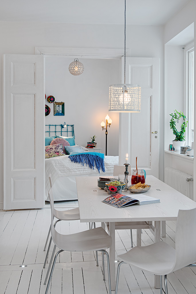 Swedish white heirloom apartment - Decoration apartment ...