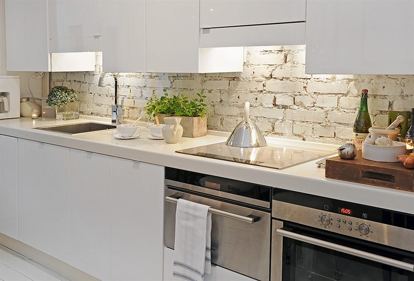 white brick backsplash - Backsplash Design Ideas