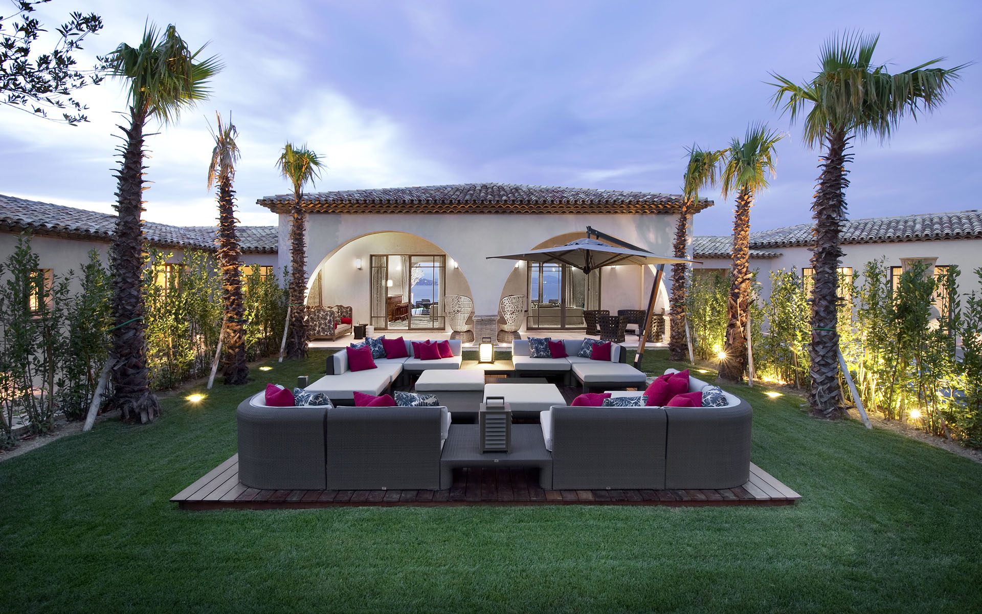Outdoor Lounge At Dusk Interior Design Ideas