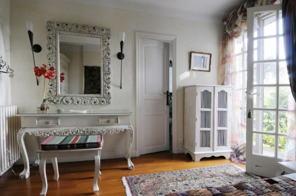 Bedroom single french country interiors accessorizing
