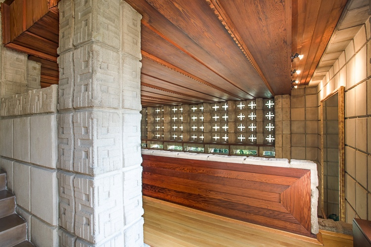 Frank lloyd wright millard house concrete and wood - Lloyds architecture planning interiors ...