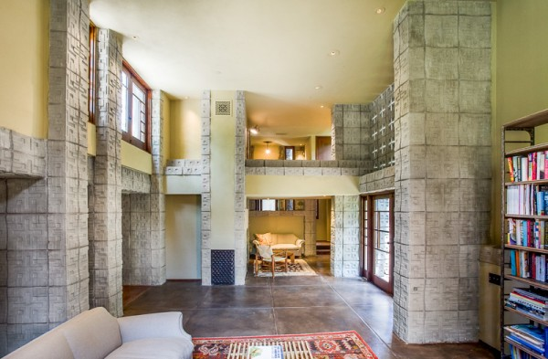 Frank Lloyd Wright - Millard House
