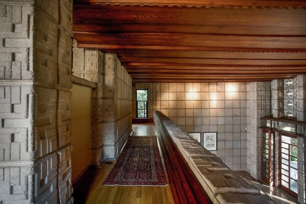 Frank Lloyd Wright Millard House mezzanine hall with persian rug