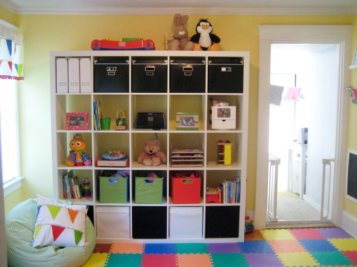 Kerry's Papercrafts jigsaw flooring child's room cube storage