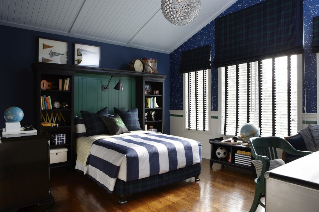 Boys 39 room designs ideas inspiration for Blue and white boys room