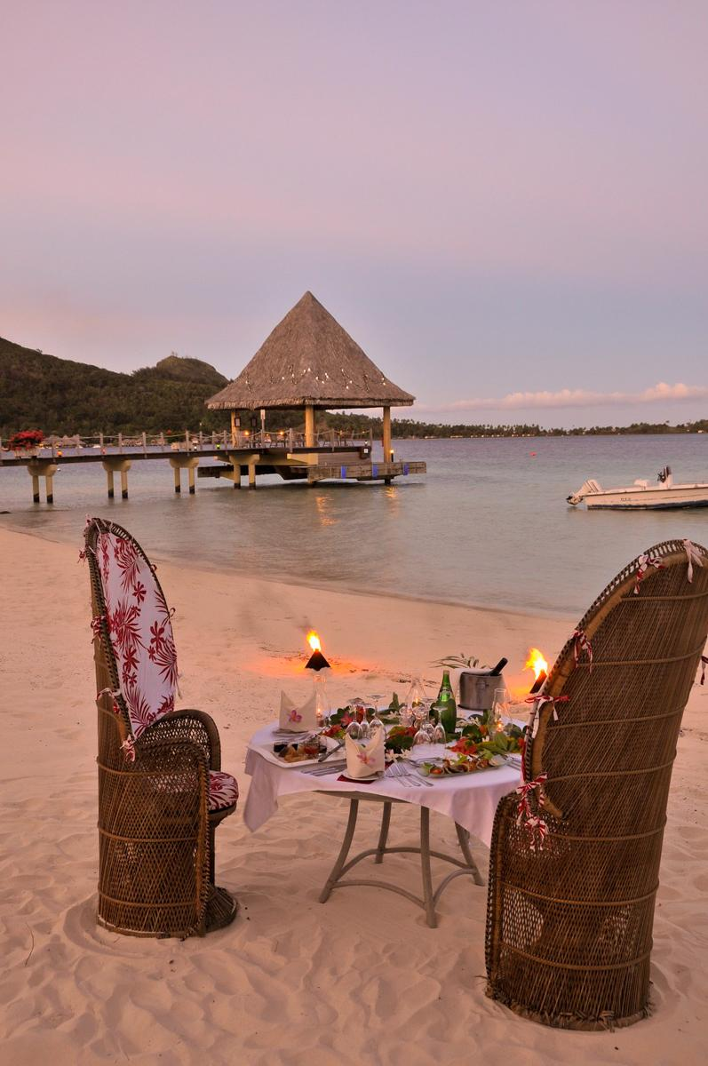 Candle Lit Beach Dinner By The Lagoon - 31 picturesque romantic places to draw inspiration from