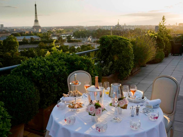 Dinner On The Terrace With Views Of The Eiffel Tour Paris - 31 picturesque romantic places to draw inspiration from