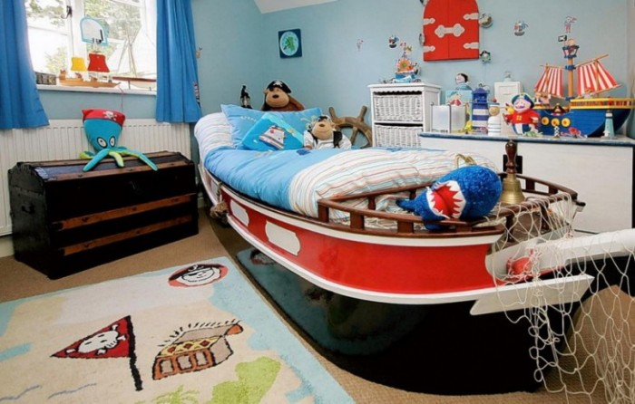 high seas and pirate theme boys bedroom red and blue