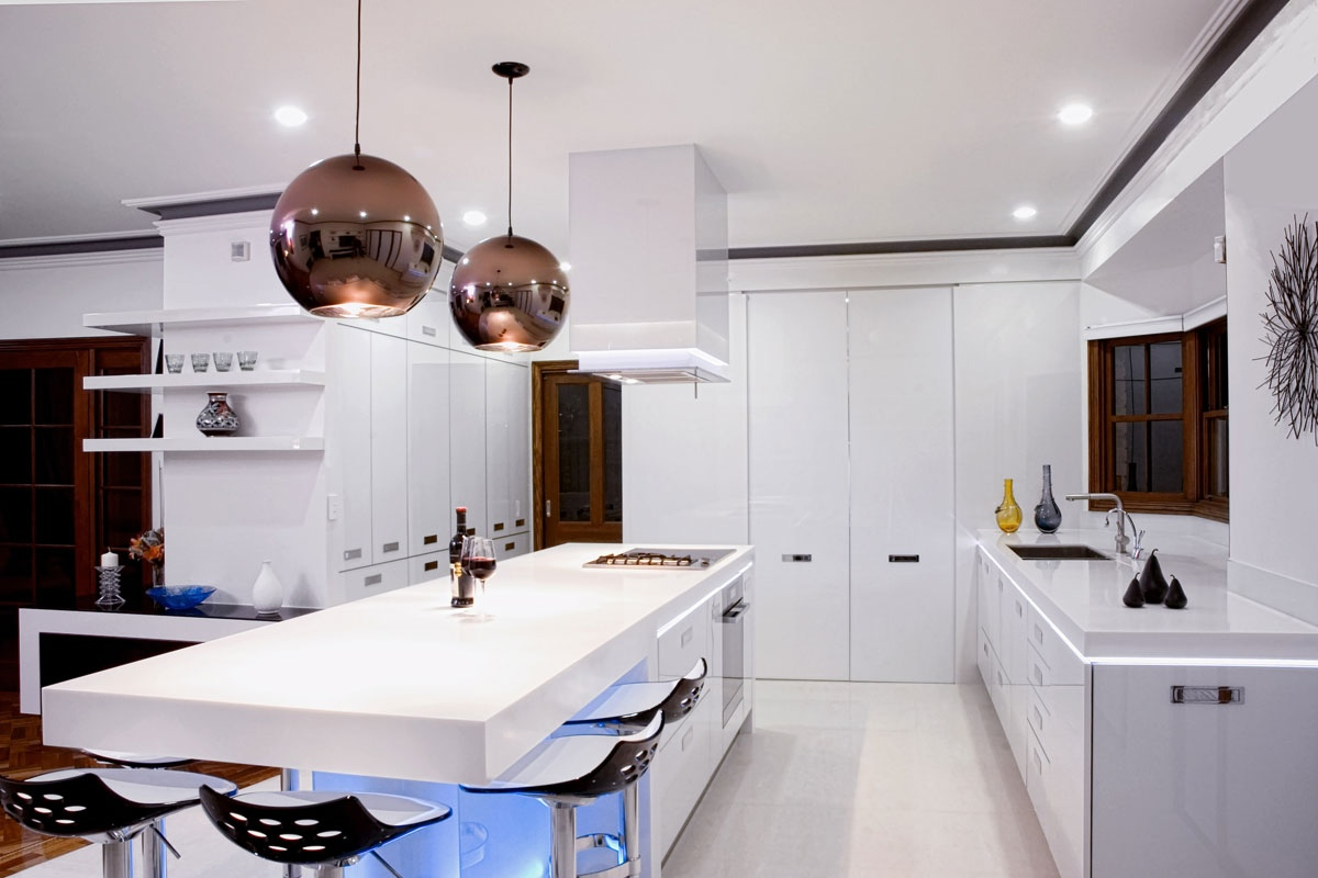 17 light filled modern kitchens by mal corboy Best pendant lights for white kitchen