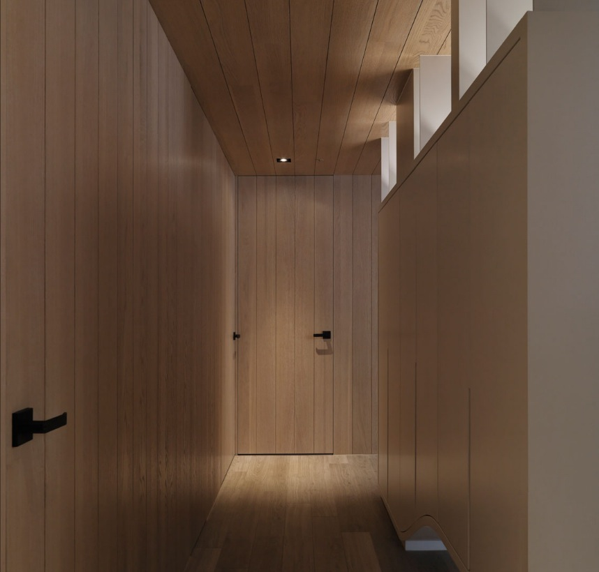 Neutral Contemporary Space Hallway - Neutral contemporary apartment by w c h design studio