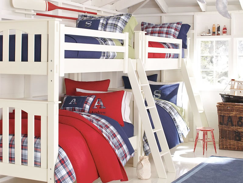 Red white and blue bunk beds boys room interior design for Blue and white boys room