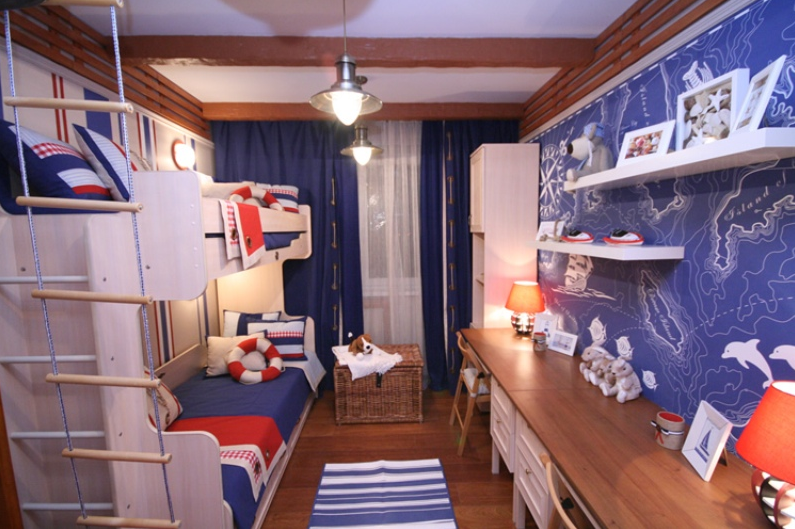 Red white and blue nautical themed boys room interior for Blue and white boys room