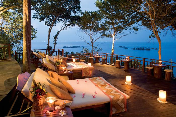 Romantic Lounging On The Deck By Lantern Light With Views - 31 picturesque romantic places to draw inspiration from