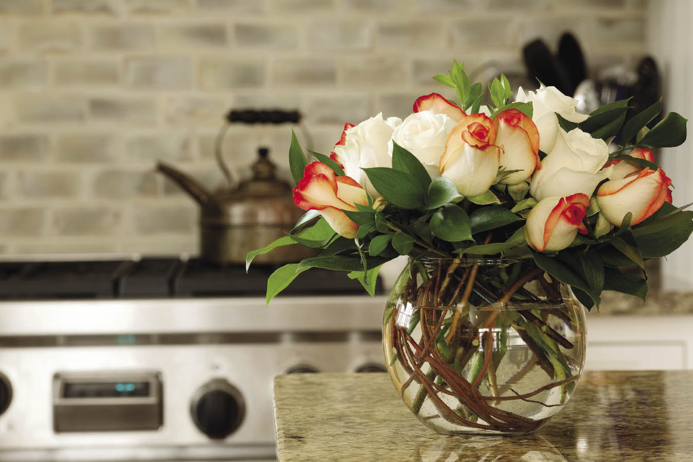 Floral arrangments you could try this spring for Floral decorations for home