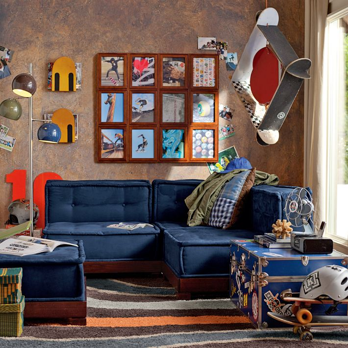 skateboarding themed boys room blue lounge interior design ideas