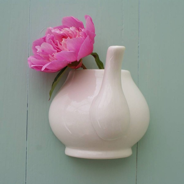 wall mountes teapot vase single flower