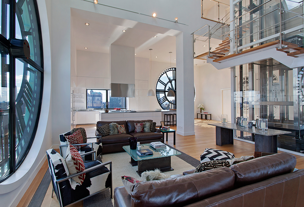 Clock tower triplex apartment in new york for Room design new york