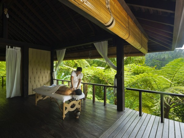 Como Shambhala Estate Bali- semi outdoor massage area amongst giant ferns