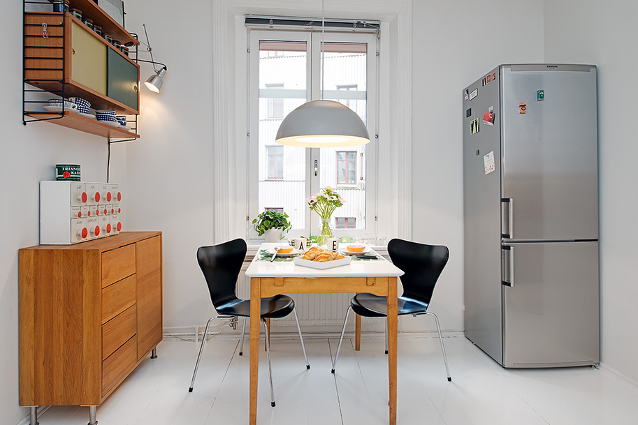 I urban apartment with terrrace casual kitchen dining for Kitchen setup designs