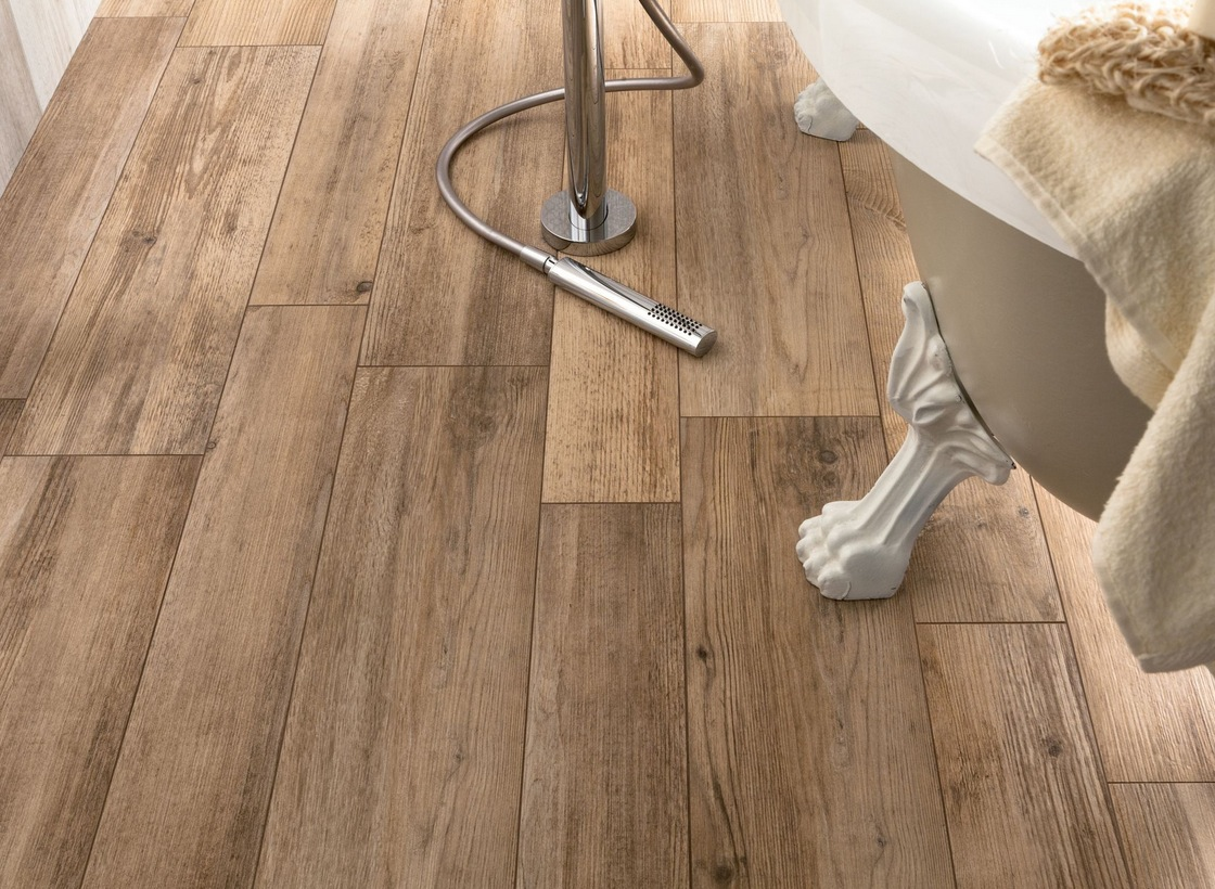 Medium Rough Wooden Floor Tiles