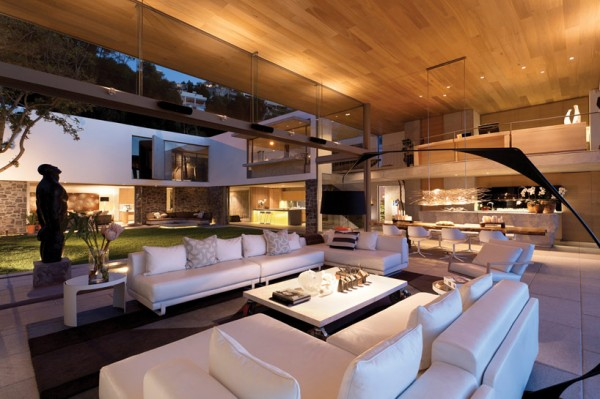 modern coastal house living room