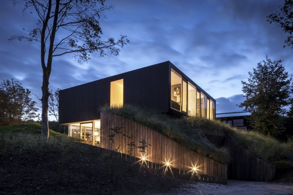 Villa v by paul de ruiter architects for Home designs rural
