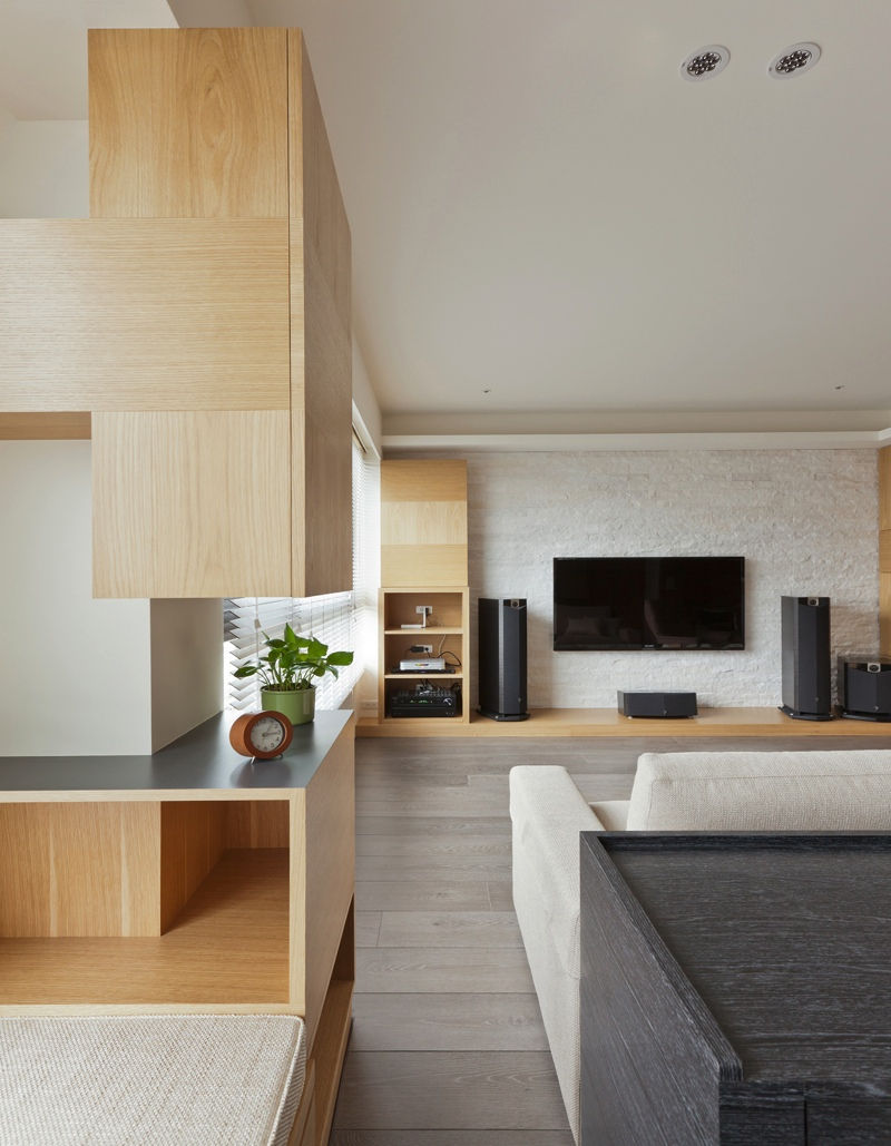 Taiwanese interior design - Living in small spaces home minimalist ...