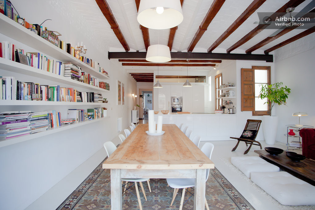 Chic apartment in barcelona 39 s l 39 eixample district - Apartamentos dv barcelona ...